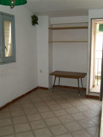 Piso en venta en Tortosa, Tarragona, Calle del Consol, 30.500 €, 3 habitaciones, 1 baño, 98 m2