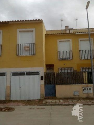 Casa en venta en Villafranca de los Caballeros, Toledo, Calle Albacete, 84.755 €, 3 habitaciones, 2 baños, 158 m2