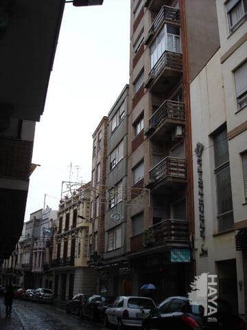 Piso en venta en Burriana, Castellón, Calle Barranquet, 84.804 €, 4 habitaciones, 4 baños, 179 m2