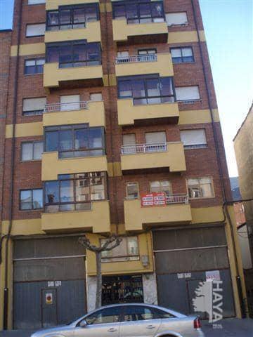 Piso en venta en Ponferrada, León, Avenida Portugal, 103.300 €, 3 habitaciones, 2 baños, 143 m2