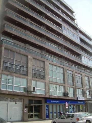 Local en alquiler en Coia, Vigo, Pontevedra, Calle Canovas del Castillo, 600 €, 116 m2