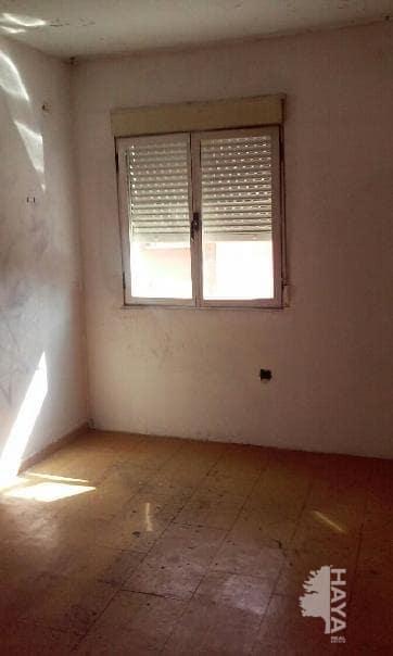 Piso en venta en León, León, Calle Peña Ercina, 39.000 €, 2 habitaciones, 1 baño, 73 m2