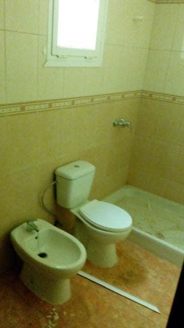 Piso en venta en Piso en Santa Lucía de Tirajana, Las Palmas, 74.000 €, 2 habitaciones, 1 baño, 75 m2
