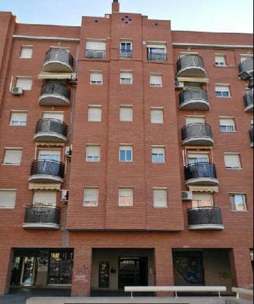 Piso en venta en Olesa de Montserrat, Barcelona, Plaza Estatut, 168.750 €, 3 habitaciones, 2 baños, 89 m2