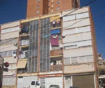 Piso en venta en Grupo San Cristóbal, L` Alcora, Castellón, Calle Grupo San Cristobal, 27.600 €, 3 habitaciones, 2 baños, 74 m2