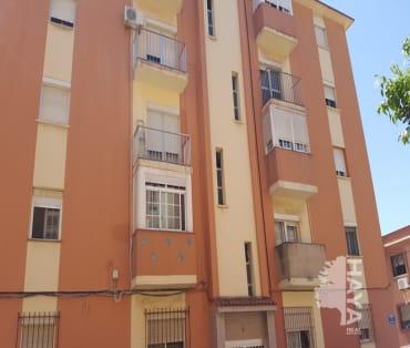 Piso en venta en La Línea de la Concepción, Cádiz, Calle Albarracin, 78.330 €, 1 baño, 78 m2