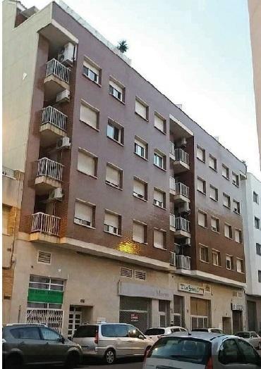 Piso en venta en Mas de Miralles, Amposta, Tarragona, Calle Barcelona, 81.300 €, 3 habitaciones, 2 baños, 110 m2