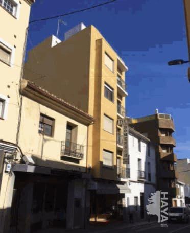 Piso en venta en Tossal - los Bancales, Benissa, Alicante, Avenida Pais Valencia, 77.700 €, 3 habitaciones, 1 baño, 151 m2