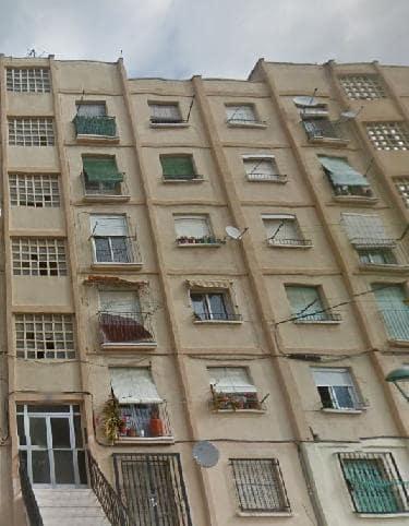 Piso en venta en La Floresta, Tarragona, Tarragona, Calle Francoli - Bº Torreforta, 32.400 €, 3 habitaciones, 1 baño, 53 m2