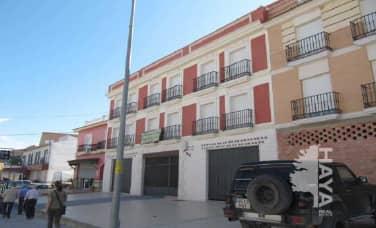 Piso en venta en Rute, Córdoba, Calle Malaga Y Trast N?1, 86.000 €, 2 habitaciones, 1 baño, 95 m2