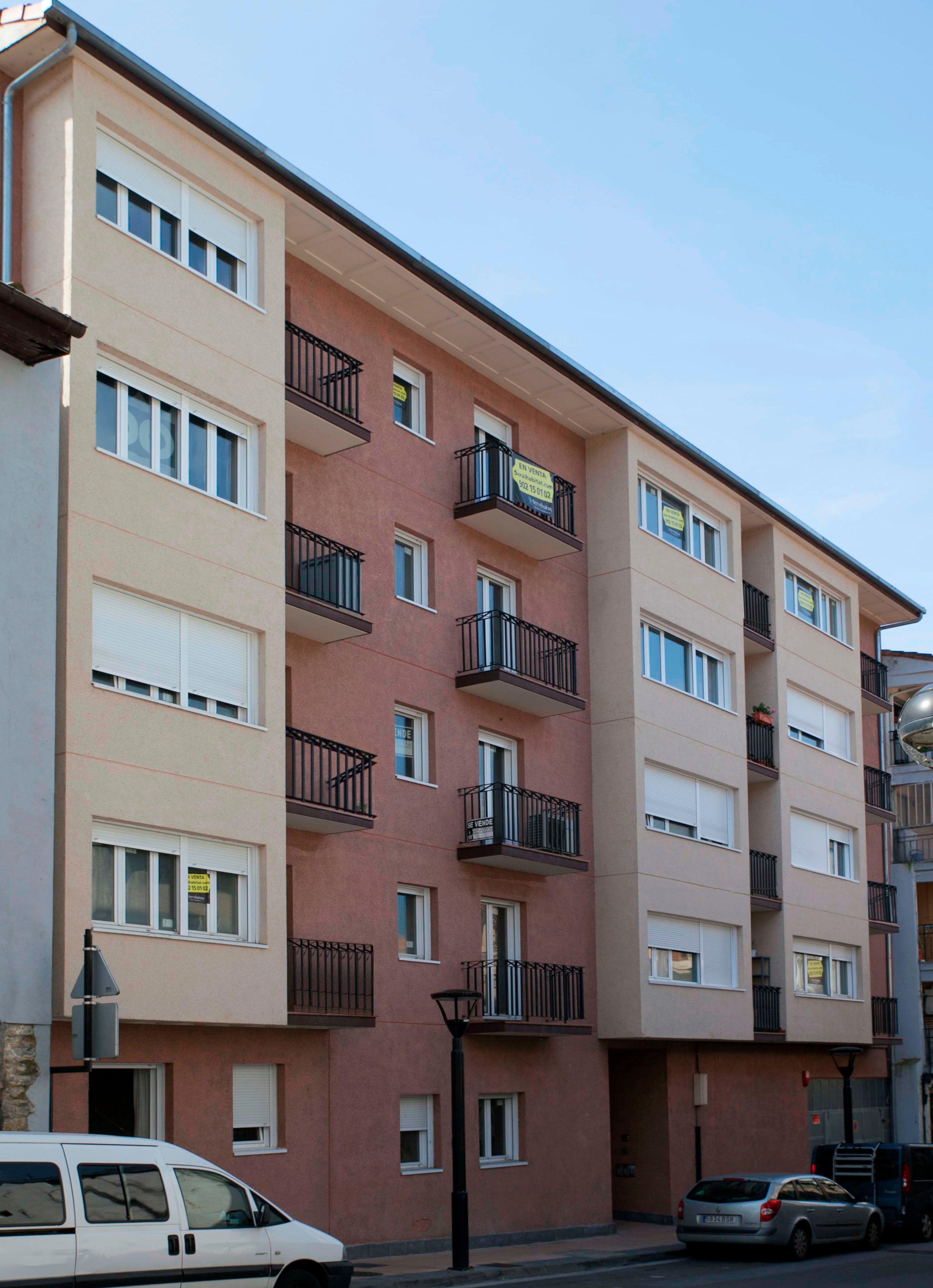 Piso en venta en Bergara, Guipúzcoa, Calle Zubiaurre, 99.800 €, 2 habitaciones, 1 baño, 63 m2