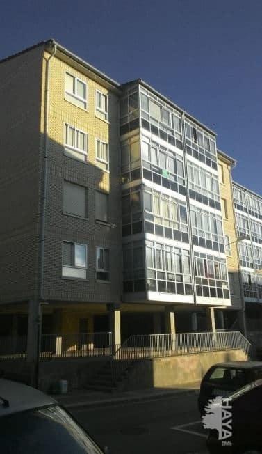 Piso en venta en Briviesca, Burgos, Calle El Ferial, 39.677 €, 3 habitaciones, 1 baño, 98 m2