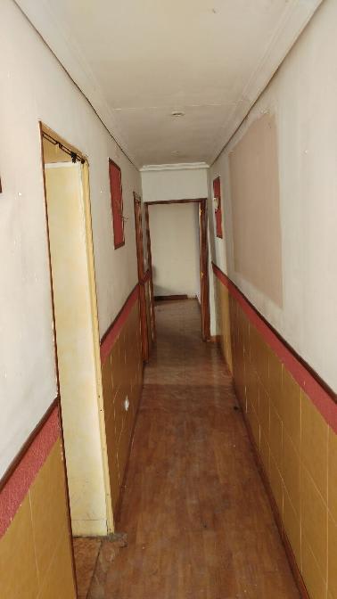 Casa en venta en Valladolid, Valladolid, Calle Encartaciones, 28.551 €, 1 habitación, 1 baño, 70 m2