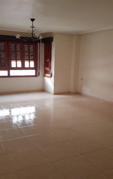 Piso en venta en Bigastro, Alicante, Calle Barrio Nuevo, 137.500 €, 4 habitaciones, 3 baños, 342 m2