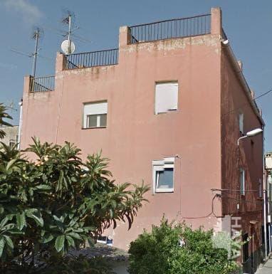Piso en venta en La Llagosta, Barcelona, Calle Ptge Veins, 79.400 €, 3 habitaciones, 1 baño, 55 m2