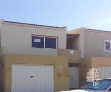 Casa en venta en Santa Lucía de Tirajana, Las Palmas, Calle los Guaniles, 99.772 €, 3 habitaciones, 1 baño, 124 m2