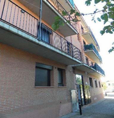 Piso en venta en La Jonquera, Girona, Calle Pi I Sunyer, 75.000 €, 2 habitaciones, 1 baño, 71,76 m2