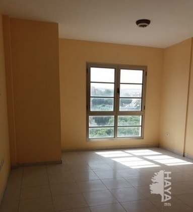 Piso en venta en La Charca, Puerto del Rosario, Las Palmas, Calle Toboso, 81.000 €, 2 habitaciones, 1 baño, 64 m2