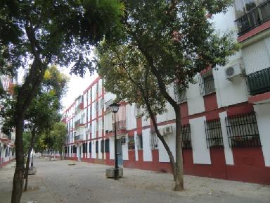 Piso en venta en Torreblanca, Sevilla, Sevilla, Calle Jose Muñoz San Roman, 39.710 €, 3 habitaciones, 1 baño, 73 m2