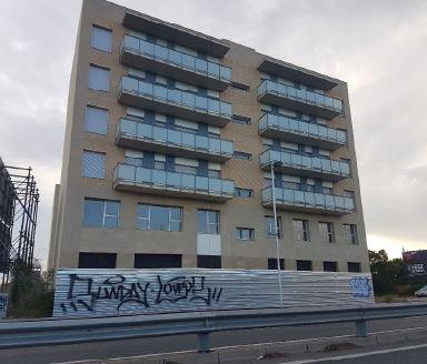 Local en venta en Tarragona, Tarragona, Calle Arquebisbe Ramon Torrella, 128.000 €, 110 m2