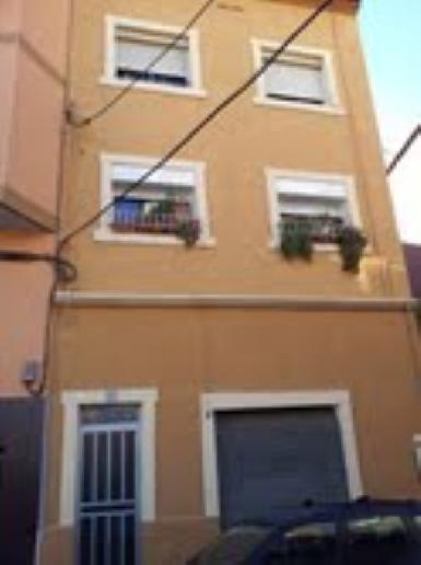 Piso en venta en Santa Coloma de Gramenet, Barcelona, Calle Roger de Lluria, 66.985 €, 3 habitaciones, 1 baño, 63 m2