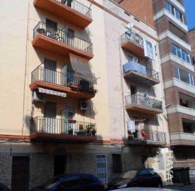 Piso en venta en Grupo San Pedro, Castellón de la Plana/castelló de la Plana, Castellón, Calle Alcocebre, 36.000 €, 1 baño, 83 m2