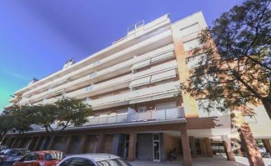 Piso en venta en Sant Josep Obrer, Reus, Tarragona, Calle Fuster Valldeperes, 115.772 €, 2 habitaciones, 1 baño, 74 m2