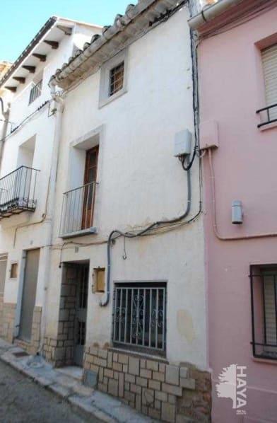 Casa en venta en Sarrión, Sarrión, Teruel, Calle San Antonio, 52.300 €, 4 habitaciones, 1 baño, 129 m2
