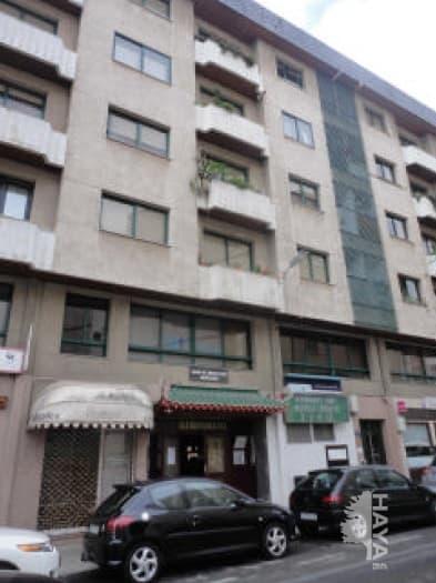 Piso en venta en Ribeira, A Coruña, Calle Otero Pedrayo, 107.123 €, 4 habitaciones, 2 baños, 143 m2