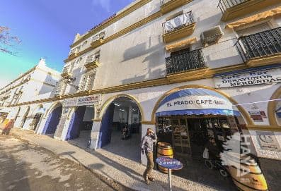 Piso en venta en El Puerto de Santa María, Cádiz, Plaza Elias Aluha, 163.240 €, 4 habitaciones, 1 baño, 110 m2