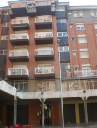 Piso en venta en Vic, Barcelona, Plaza Osona, 88.009 €, 4 habitaciones, 2 baños, 111 m2