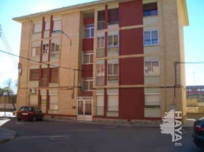 Piso en venta en Barrio del Perpetuo Socorro, Huesca, Huesca, Calle Miguel Fleta, 31.000 €, 1 baño, 73 m2