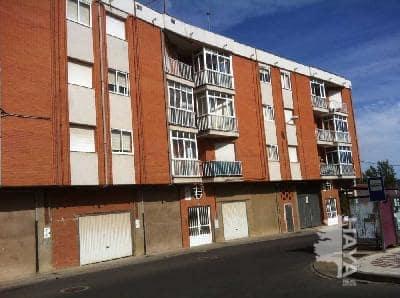 Piso en venta en Villaquilambre, León, Calle Sierra, 64.000 €, 3 habitaciones, 1 baño, 95 m2