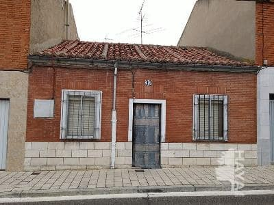 Casa en venta en Valladolid, Valladolid, Calle Avutarda, 58.320 €, 2 habitaciones, 1 baño, 65 m2
