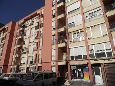 Piso en venta en Salt, Girona, Calle Torras I Bages, 45.646 €, 3 habitaciones, 1 baño, 78 m2