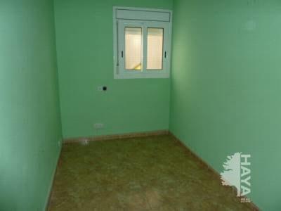 Piso en venta en Sabadell, Barcelona, Calle Ramon Jove De, 56.153 €, 3 habitaciones, 1 baño, 79 m2