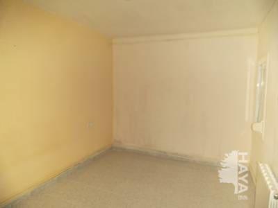 Piso en venta en Terrassa, Barcelona, Calle Renaixement, 80.000 €, 3 habitaciones, 1 baño, 86 m2