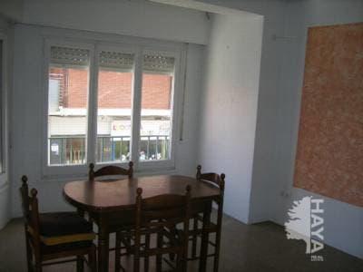Piso en venta en Terrassa, Barcelona, Calle Poetessa Capara, 61.275 €, 3 habitaciones, 1 baño, 81 m2
