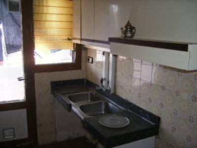 Piso en venta en Vallparadís, Terrassa, Barcelona, Calle Sant Damia, 75.649 €, 3 habitaciones, 1 baño, 75 m2