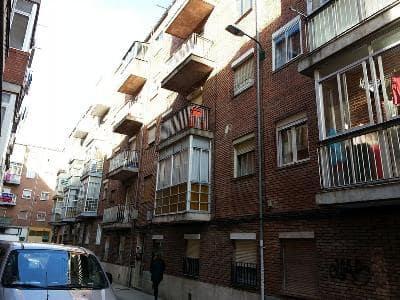 Piso en venta en Pajarillos, Valladolid, Valladolid, Calle Becquer, 28.000 €, 2 habitaciones, 1 baño, 71 m2