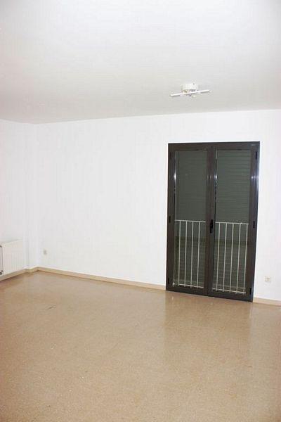 Piso en venta en Centre Històric, Lleida, Lleida, Plaza Josep Solans, 46.000 €, 2 habitaciones, 1 baño, 67 m2