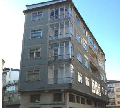 Piso en venta en San Roque, Lugo, Lugo, Calle Primavera, 74.000 €, 4 habitaciones, 1 baño, 114 m2