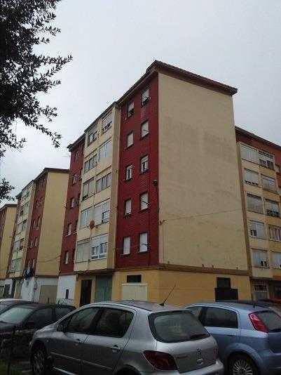 Piso en venta en Santa María de Cayón, Cantabria, Calle El Puente, 41.000 €, 3 habitaciones, 1 baño, 73 m2