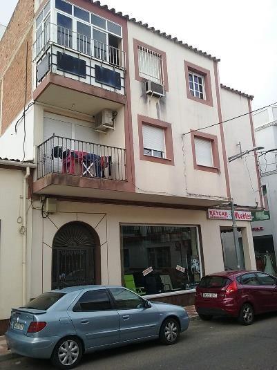 Piso en venta en Fuente Palmera, Córdoba, Calle la Fuente, 61.000 €, 3 habitaciones, 1 baño, 90,3 m2