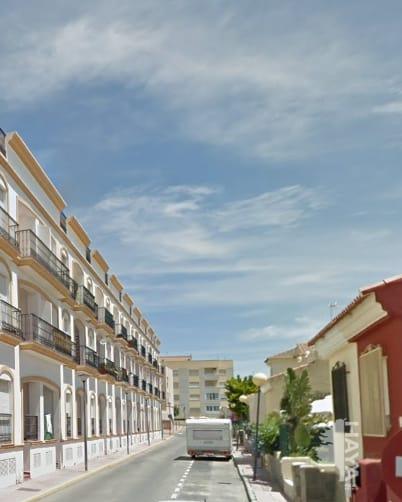Piso en venta en Vera, Almería, Calle Julio Romero de Torres, 77.300 €, 3 habitaciones, 1 baño, 83 m2