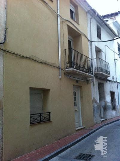 Casa en venta en Cocentaina, Alicante, Calle Angel Custodio, 88.000 €, 3 habitaciones, 1 baño, 268 m2