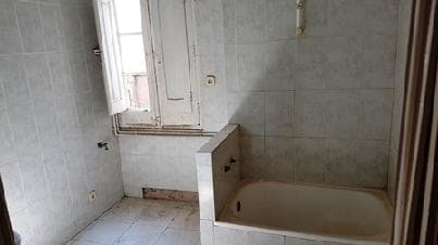 Piso en venta en Piso en Manresa, Barcelona, 37.120 €, 2 habitaciones, 1 baño, 50 m2