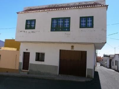 Casa en venta en Güímar, Santa Cruz de Tenerife, Calle Tomas de Mesa, 124.520 €, 3 habitaciones, 2 baños, 159 m2
