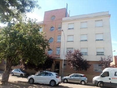 Piso en venta en Casco Antiguo, Badajoz, Badajoz, Calle Francisco Pedraja Muñoz, 79.000 €, 3 habitaciones, 2 baños, 109 m2