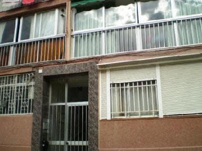 Piso en venta en Tarragona, Tarragona, Avenida los Pinos, 31.023 €, 3 habitaciones, 1 baño, 80 m2